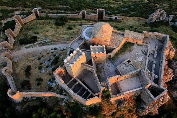 Vista aérea del Castillo de Loarre, foto de castillodeloarre.org