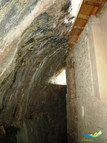 Detalle parte trasera casa del santero. Ermita de la Virgen de la Peña Aniés.