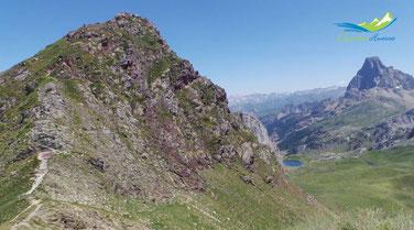 El Pico de los Monjes y el Midi d´Ossau