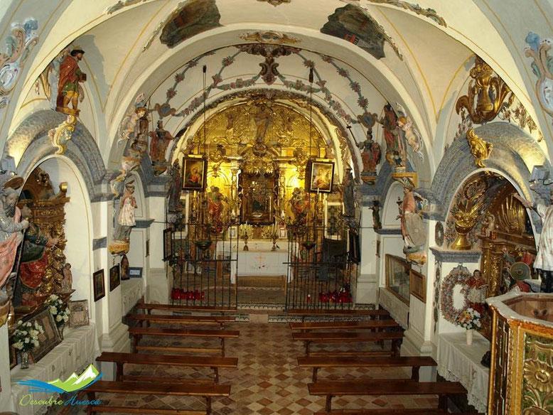 Interior Ermita Virgen de la Peña, Aniés.