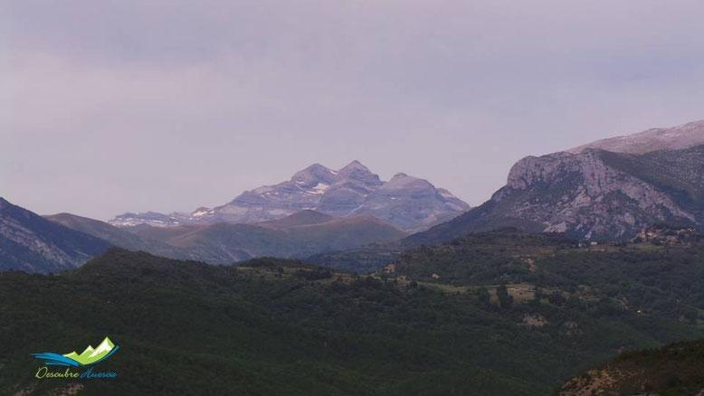 Las Tres Sorores, desde Laspuña.