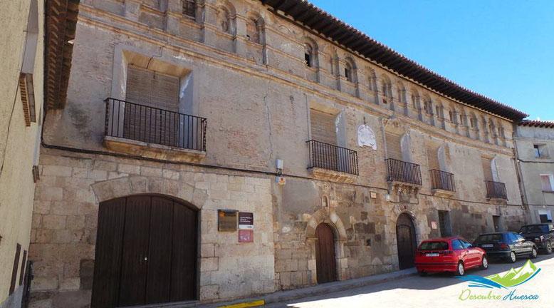 Palacio de Valdeolivos en Fonz