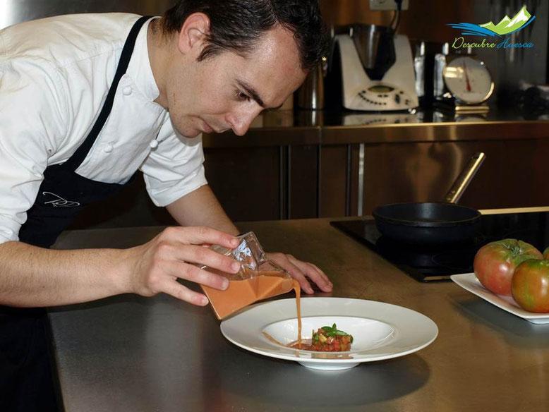 Rubén Pertusa en la cocina
