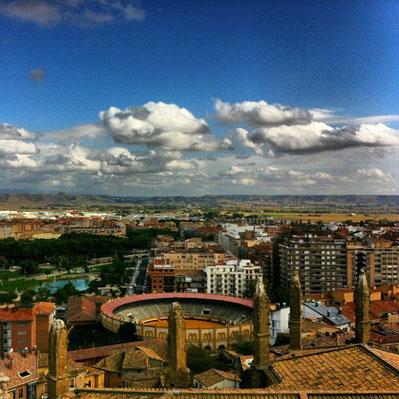 Vistas desde la Torre campanario de la catedral de huesca